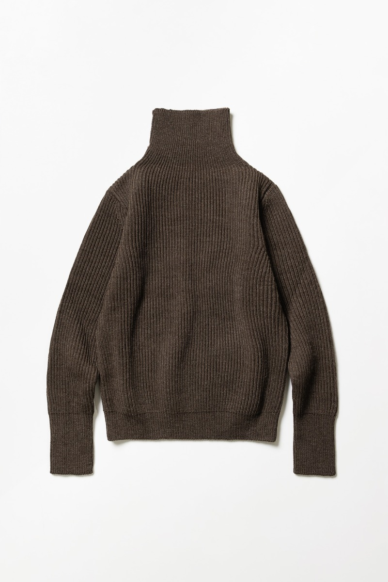 "ANDERSEN-ANDERSEN Navy Turtleneck ""Natural Brown"""
